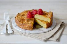 """Voici la recette du fameux """"gâteau patate"""" de la Réunion ! Un délicieux gâteau à la patate douce, idéal pour vos desserts ou goûters !"""