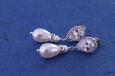Pearl Bridal Earrings Wedding Jewelry Bridal Earrings Swarovski Pearls Cubic Zirconia Bridesmaid Gift White Ivory/Cream Wedding Earrings