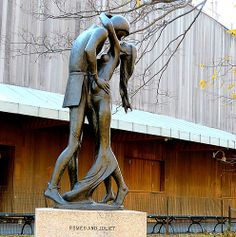 """Romeo and Juliet,"" bronze sculpture by Milton Hebald (b. May 24, 1917), Central Park NYC"