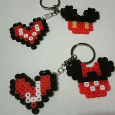 Llaveros personalizados♥    #HamaBead #HamaMania #Hama #PixelArt #Perler #Beads #Handicraft #Manualidades #Handmade #Llavero #Accesorio  #México #TuxtlaGutiérrez #Chiapas #FuseBeads #Hobby #TrendyBeads #Style #Fashion #Tuxtla #Envíos # #Disney #MickeyMouse #Minnie #Corazón #Heart #Love #Amor