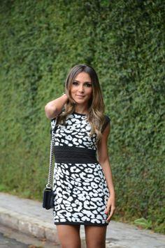 Look do Dia – Vestido Tricot P&B por Lalá Noleto | blog Lalá Noleto em abril 29, 2014
