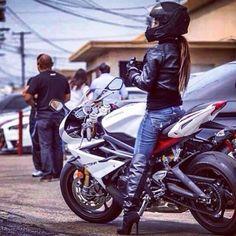 I love seeing women riding bikes. We need alot more in the biker community. Lady Biker, Biker Girl, Honda Cb, Ducati Monster, Motocross, Chicks On Bikes, Yamaha R6, Motorbike Girl, Motorcycle Girls