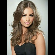 Light ash brown hairstyles look really classy and suit all kinds of hairstyles as the colors are so versatile. Here you can find 25 fashiohable looks.