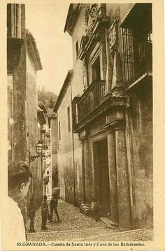 Cuesta de santa ines. Granada Santa Ines, Granada Spain, Andalusia, Old Pictures, Black And White, Painting, Middle, Old Photography, Beautiful Homes