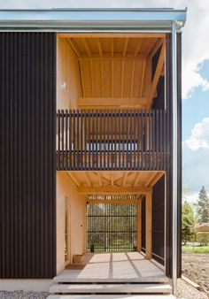 House H by Teemu Hirvilammi features a black exterior and pale wood interior - Architecture Wooden Architecture, Contemporary Architecture, Architecture Details, Interior Architecture, Black Exterior, Interior And Exterior, Dublin House, Wooden Buildings, House Elevation