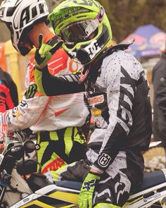 Motocross Outfit – Best Outfits to Wear Motocross Outfits, Motocross Love, Motocross Girls, Dirt Bike Gear, Ktm Dirt Bikes, Dirt Biking, Triumph Motorcycles, Custom Motorcycles, Scooter Motorcycle