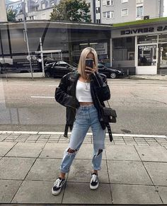 39 casual outfits new ideas 30 Style Outfits, Mode Outfits, Cute Casual Outfits, Hippie Outfits, Women's Casual, Winter Fashion Outfits, Look Fashion, Fall Outfits, White Outfits