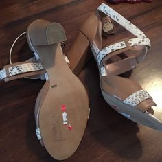 Sole society shoes Beige and snake colored heels. Never worn lost 100 plus pounds and they are too big. Sole Society Shoes Heels
