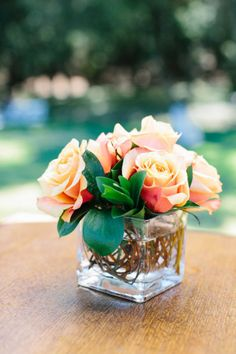 Simple and pretty || Photography by Marianne Wilson, Floral Design by Mr. B's Flowers