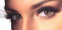 Trucco per occhi piccoli. Scopri come fare su www.tuttotutorial.net/come-realizzare-un-trucco-per-gli-occhi-piccoli/