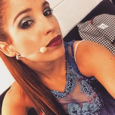Candelaria Molfese News Violetta Live, Netflix Kids, Disney Channel Shows, Singer, Pretty, Portugal, Celebrity, Selfie, Hair
