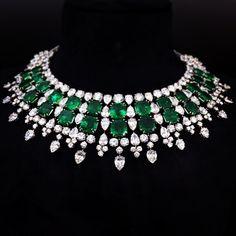 #HarryWinston #Columbian #Emerald and #Diamond #Necklace
