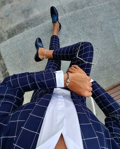 Plaid blue suit menswear - My Style - dapper men's wear - Anzug Terno Casual, Casual Attire, Checkered Suit, Blazer Outfits Men, Moda Formal, Mode Costume, Designer Suits For Men, Herren Outfit, Mens Fashion Suits