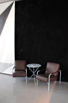 Showroom Zanotta - Milano, Piazza del Tricolore 2 • Ph. Edcommunire • Allestimento Calvi e Brambilla • Grafiche Leonardo Sonnoli
