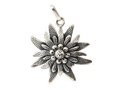 Edelweiss flower pendant made in sterling silver large mm) polished with black backgrounds German Decor, Edelweiss, Fashion Mode, Belly Button Rings, Body Art, Pendants, Brooch, My Style, Pretty