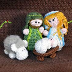 Nativity set: Joseph, Mary and baby Jesus amigurumi crochet pattern by Woolytoons