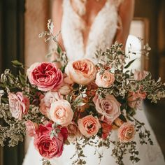 """Kristi Florida Wedding Florist on Instagram: """"All fairytales should begin and end with garden roses and ranunculus. . This was one of my favorite bouquets just because of the simplicity…"""""""