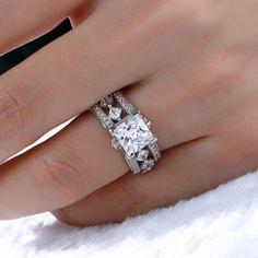 Princess Wedding Rings, Wedding Rings Simple, Beautiful Wedding Rings, Princess Cut Rings, Silver Wedding Rings, Wedding Rings Vintage, Bridal Rings, Wedding Set, Wedding White