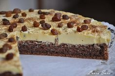 Tort Malaga | Retete culinare cu Laura Sava Yummy Food, Tasty, Tiramisu, Food Photography, Homemade, Cooking, Ethnic Recipes, Desserts, Mai