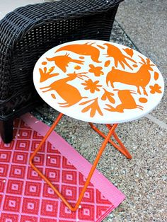 DIY Otomi Table