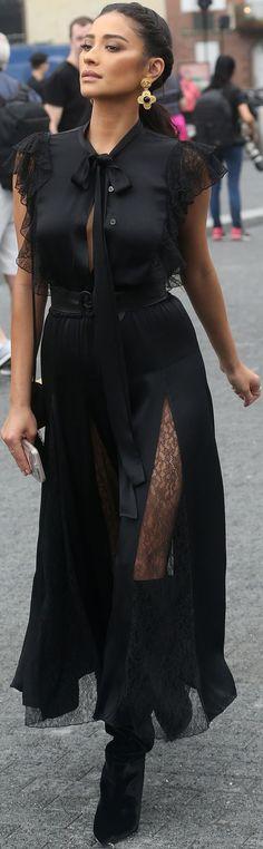 Long black dress to wear Mein Style, Mode Boho, Fashion Details, Fashion Trends, High Fashion, Womens Fashion, Chic Outfits, Casual Chic, Dress To Impress
