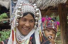 Vrouw van de Akha stam bij Chiang Rai - Thailand  http://www.fox.nl/rondreizen?affid=30323_campaign=Social_medium=Pinterest_source=Board