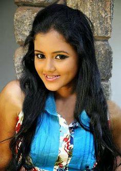 Models Bank : Sri Lankan Models Dinakshi Priyasad