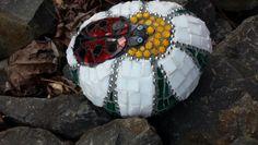 Mosaics by Ali : ladybird rock Mosaic Rocks, Painted Stones, Ali, Turtle, Animals, Mosaics, Painted Rocks, Turtles, Animales
