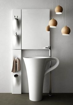水回りも楽しく美しく。センス溢れるちょっと変わったデザインの洗面台 写真36枚