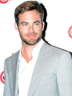 Hellooooo, Chris Pine...