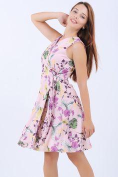 Kuşaklı Çiçek Desen Gülkurusu Elbise  #giyim #indirim #kampanya #bayan #erkek #bluz #gömlek #trençkot #hırka #etek #yelek #mont #kaşe #kaban #elbise #abiye #büyükbeden #tunik #tulum #askılı #kapri #şort #pantolon #yenisezon #moda  Hemen Sipariş Ver https://www.modavigo.com.tr