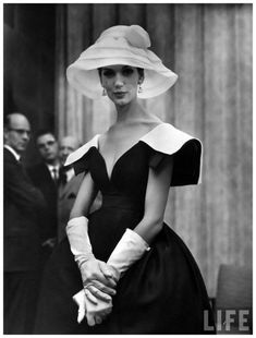 Simone D'Aillencourt (in a dress by James Galanos) photographed by Nina Leen.♛   ♛~✿Ophelia Ryan ✿~♛