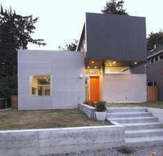 Located on a quiet street just above the Ravenna ravine in Seattle, Z House by Pb Elemental Architecture creates a private and calming refuge for a fast paced family of four.