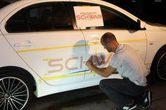 Ausmessen, Ausrichten, montieren. Präzision in Perfektion!! Car Advertising, Logo Design, Van, Advertising, Vans, Vans Outfit