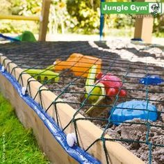 A strong net that spreads over the top of your sandbox and prevents cats doing nasty things in there. kids play area jungle gym Cat Stop Cat Playground, Backyard Playground, Backyard For Kids, Playground Ideas, Sandbox Cover, Sandbox Diy, Sandbox Ideas, Outdoor Play Areas, Outdoor Fun