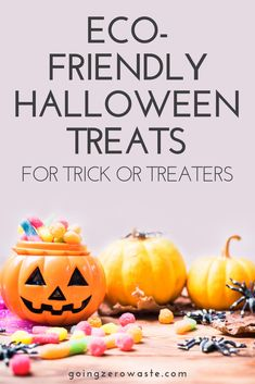 I've rounded up several eco-friendly Halloween treats for trick or treaters that have reduced packaging! I've included some higher end options, lower end options, candy options, and non-candy options. Hopefully, you'll be able to find a good mix. Halloween Goodie Bags, Halloween Treats, Halloween News, Halloween Diy, Halloween Makeup, Diy Halloween Decorations, Zero Waste, Pumpkin Carving, Make It Simple