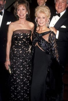 Actress Mary Tyler Moore and actress Eva Gabor attend the New York Chapter Juvenile Diabetes Research Foundation International Presents the 20th...