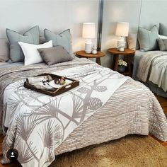 "Eadie says "" another beautiful styling job by the clever gals @styledbyhabitat.  Lovely indeed and thanks for using Eadie!"" www.eadielifestyle.com.au #eadie_lifestyle #eadiecushions #linencushions #featherfilledcushions #linenbedspread #aussiebrand #aussiecompany"