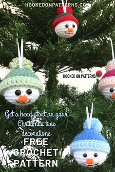 Start Christmas with my FREE adorable crochet Snowman baubles. Put them on your Christmas tree, or give them as little festive gifts! Crochet Christmas Decorations, Crochet Christmas Ornaments, Holiday Crochet, Crochet Gifts, Crochet Ornament Patterns, Christmas Knitting Patterns, Crochet Toys Patterns, Crochet Snowman, Christmas Crafts