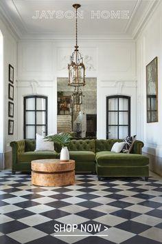 Vintage Sofa, Home Interior, Interior Design, Classic Interior, Sofas, Unique Furniture, Home Decor Inspiration, Cheap Home Decor, Decoration