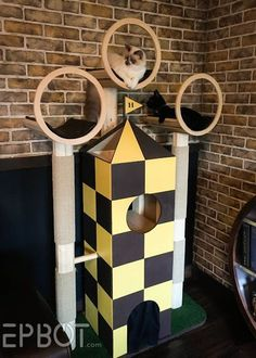 Amazing Quidditch Cat Tree - EPBOT: A Harry Potter Cat Tree, Because Our Kittys . - F o r t h e c a t - Cats - Sierra - Playground Harry Potter Pets, Deco Harry Potter, Sphynx, Cardboard Cat House, Cat Castle, Cat House Diy, Diy Cat Tree, Cat Towers, Cat Playground