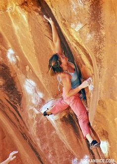 www.boulderingonline.pl Rock climbing and bouldering pictures and news Katie Brown, Chaos |