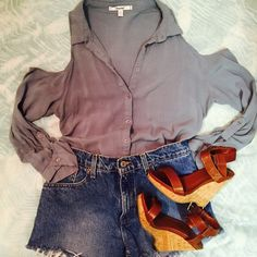 """Blue/Gray Cold Shoulder Button Top! Blue/Gray button up cold shoulder top from Papaya! The tag says size large, but it runs small, pit to pit measurement is 18.5"""" so I would say it fits more like a medium! Brand new condition! Papaya Tops Blouses"""