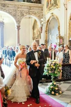 Lace Bridal Gowns