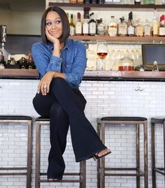 How to Slay Mom Style (Like Tia Mowry | styledherlife.com