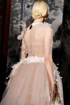 White Swan Gown. Romantic Feathers Trend  Valentino Spring Summer 2014 #couture #fashion