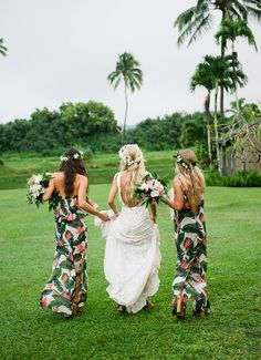 Floral, Event Design and Decor Rentals - MartinRoberts Design Hawaii info@martinroberts.com Instagram/martinrobertsdesign Coordinator : Moana Events