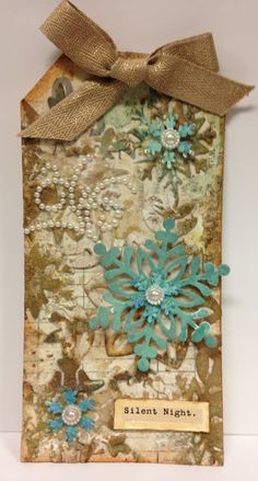 Winter-Snowflakes-Mixed-Media-Tag-Distress-Ink-Die-Cut-Grunge-Altered