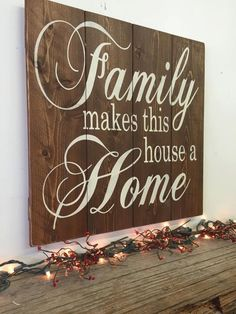 8 X 12 Highland Woodcrafters Thankful-Grateful-Blessed Wide Gap Pallet Sign