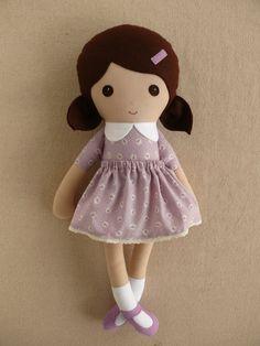 Fabric Doll Rag Doll Brown Haired Girl in Lavender por rovingovine